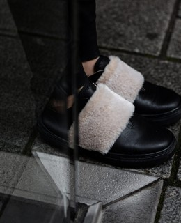 faux fur sneakers zign, leather pants, camel coat, zign bag
