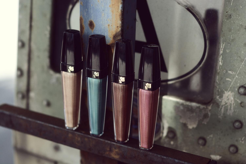 Liquid Metallic eyeshadow - lesfactoryfemmes.com