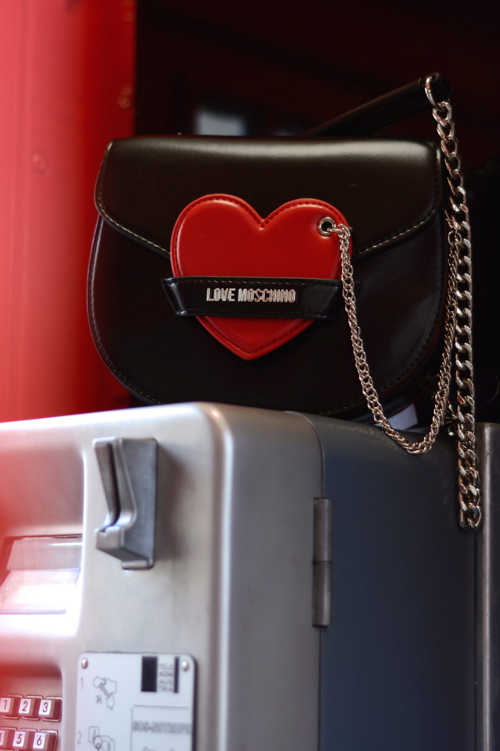 moschino bag red heart valentine´s day