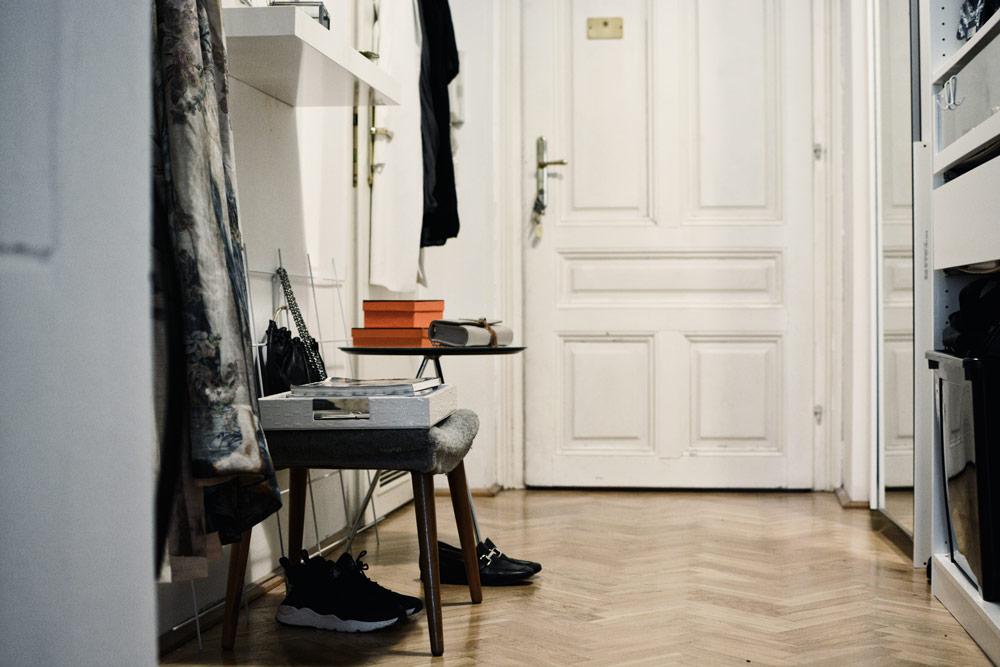 single wohnung richtig einrichten les factory femmes. Black Bedroom Furniture Sets. Home Design Ideas
