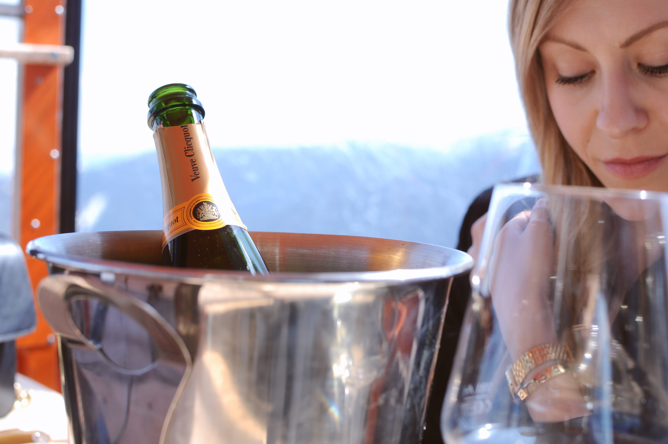 Veuve Clicquot, champagne, saalbach, austria, outfit of the day, fashion blogger austria