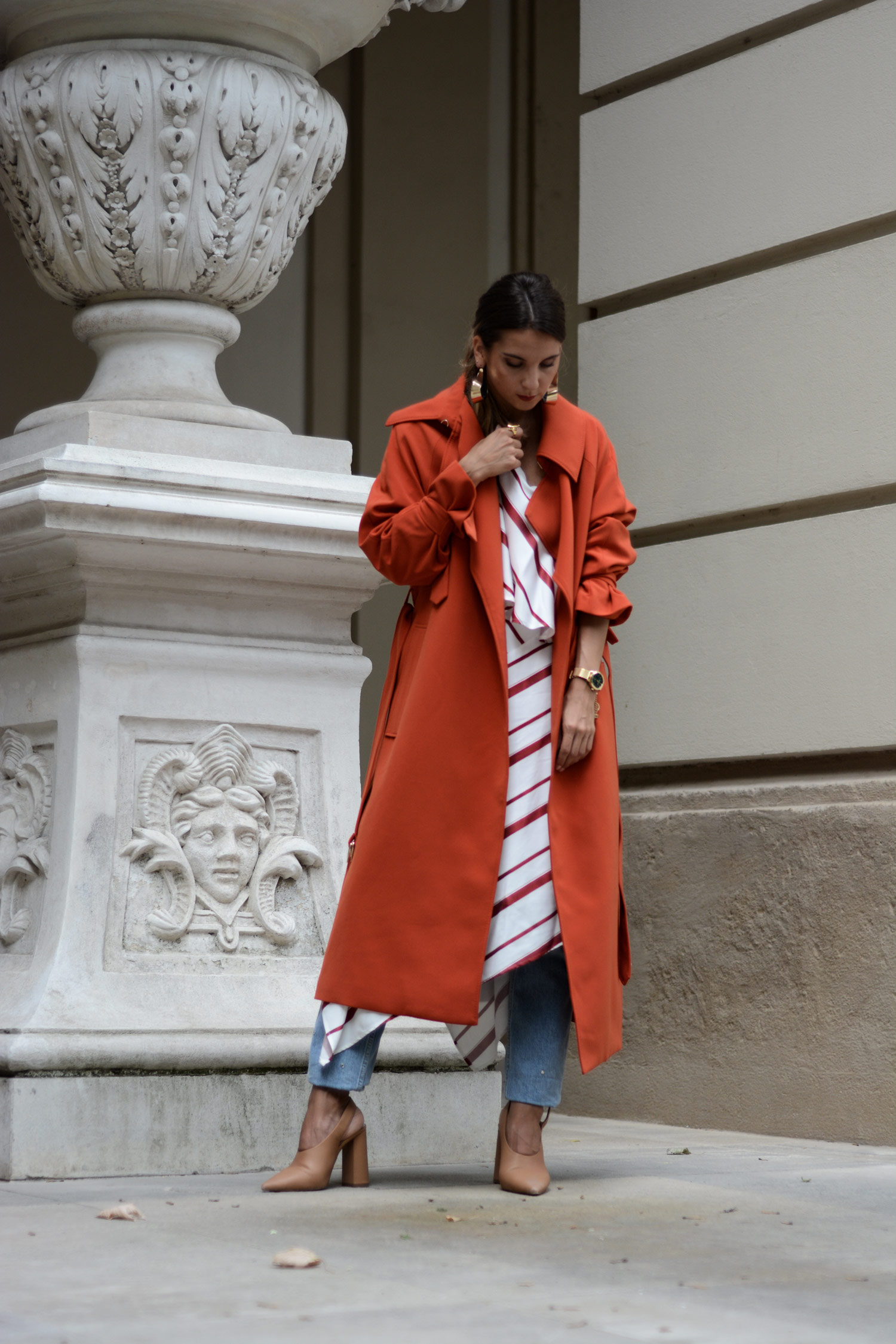 H&M Roter Trenchcoat - LES FACTORY FEMMES