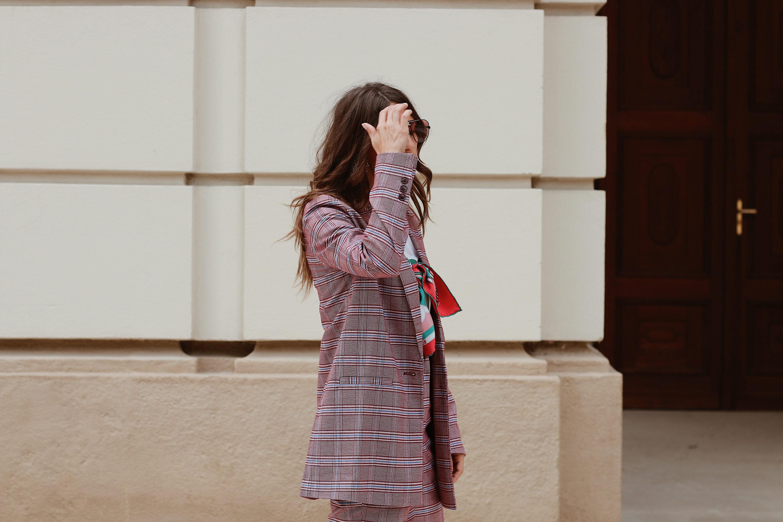 Zweiteiler - www.lesfactoryfemmes.com
