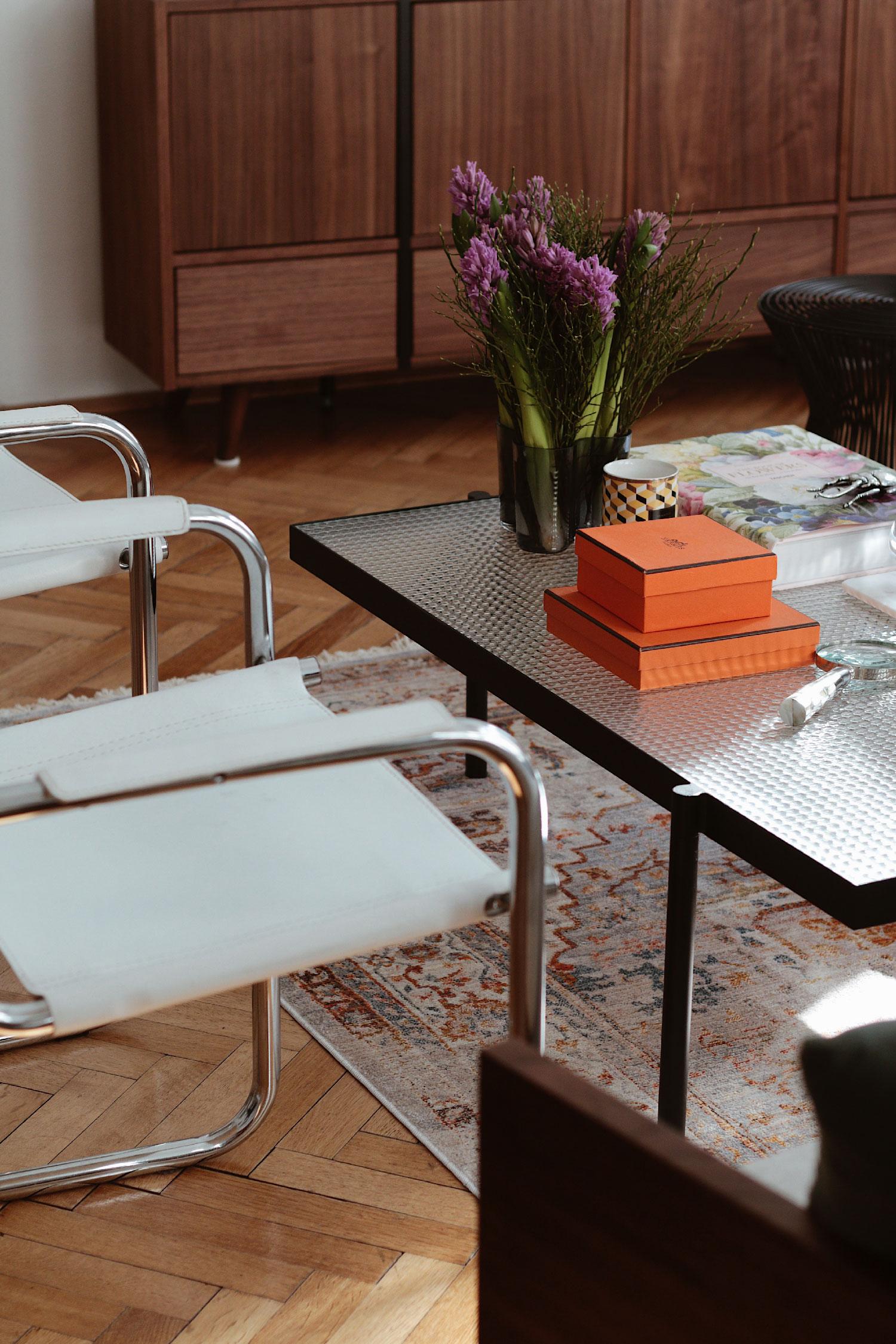 MYCS Sideboard - www.lesfactoryfemmes.com