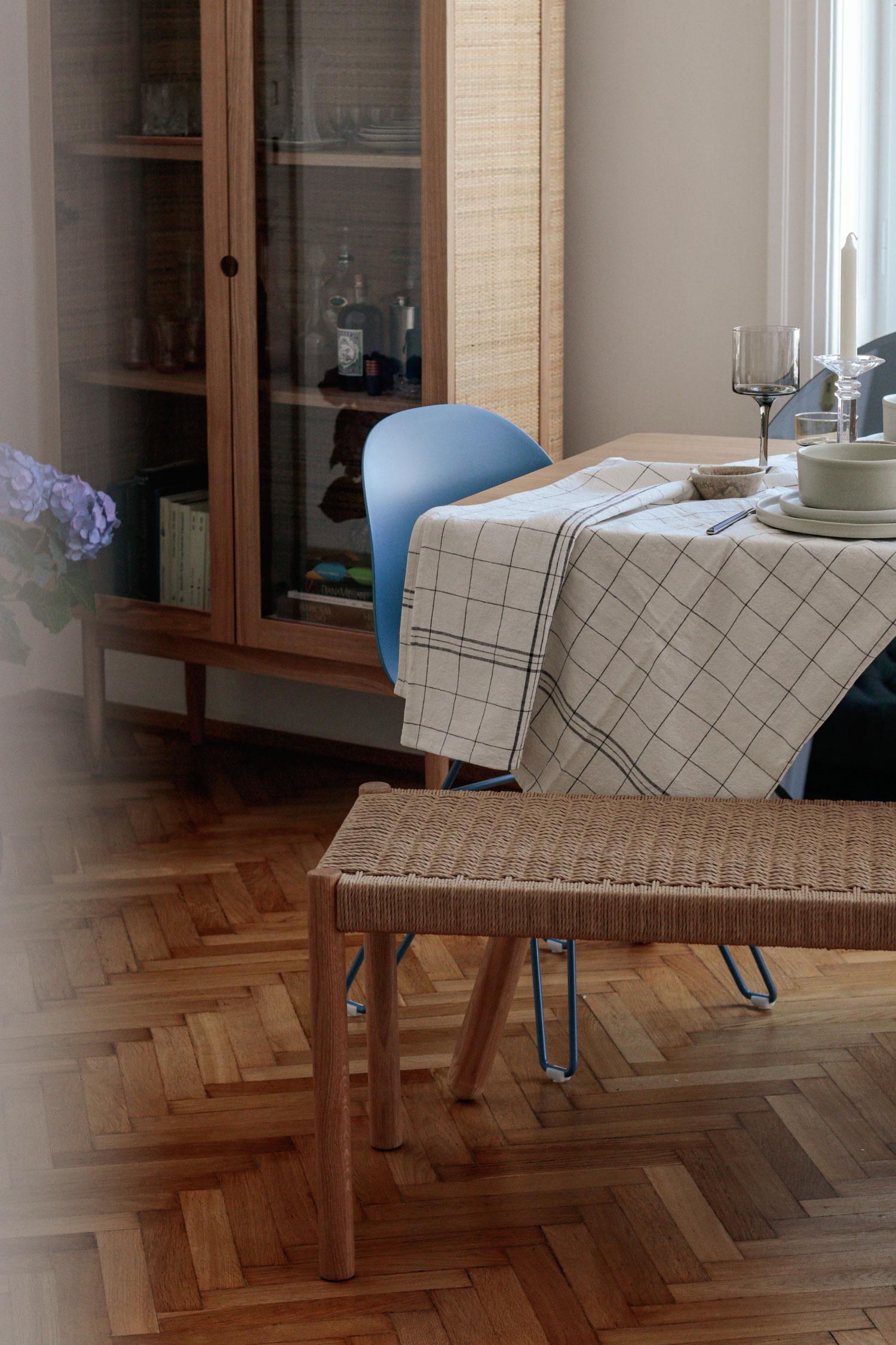 Scandi Interior Esstisch - www.lesfactoryfemmes.com