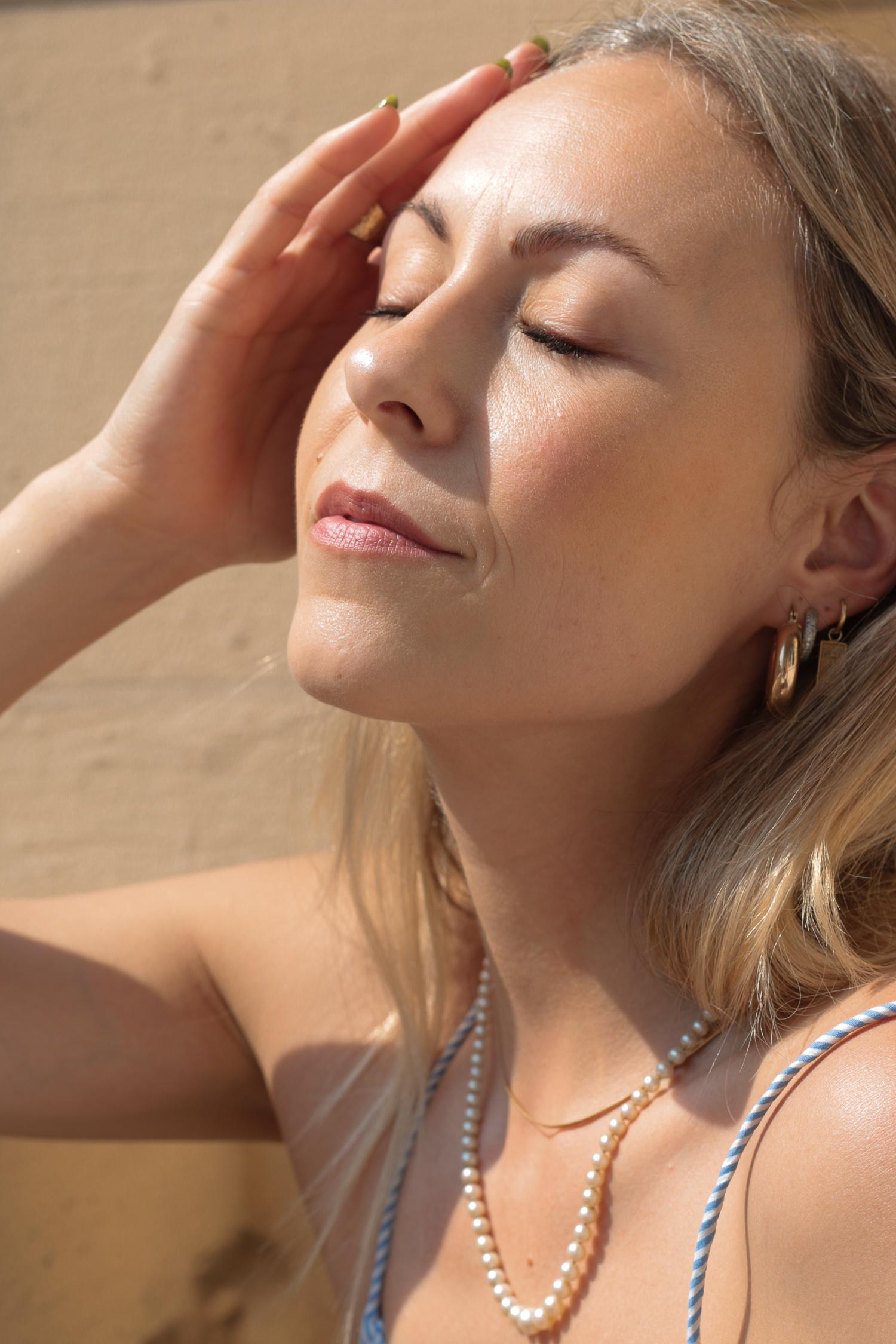 Natürlicher Sommer Make-up Look - www.lesfactoryfemmes.com