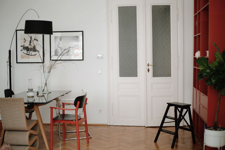 Wohnzimmer Regal
